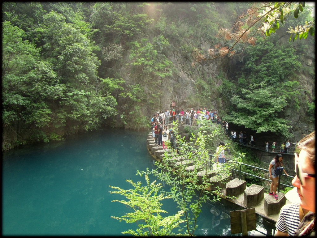 ~ Daqi Mountain ~ The water was unbelievably blue.
